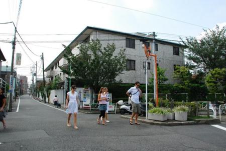 Beim alten Wohnort der Eckis in Tokyo
