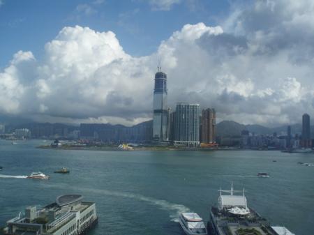 Die Aussicht von unserem Zimmer auf Kowloon