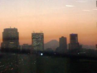 Aus dem 12. Stock des Shinmaru Biru in Richtung Kasumigaseki.
