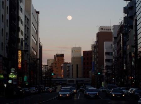 Megurodori Richtung Shirokane.